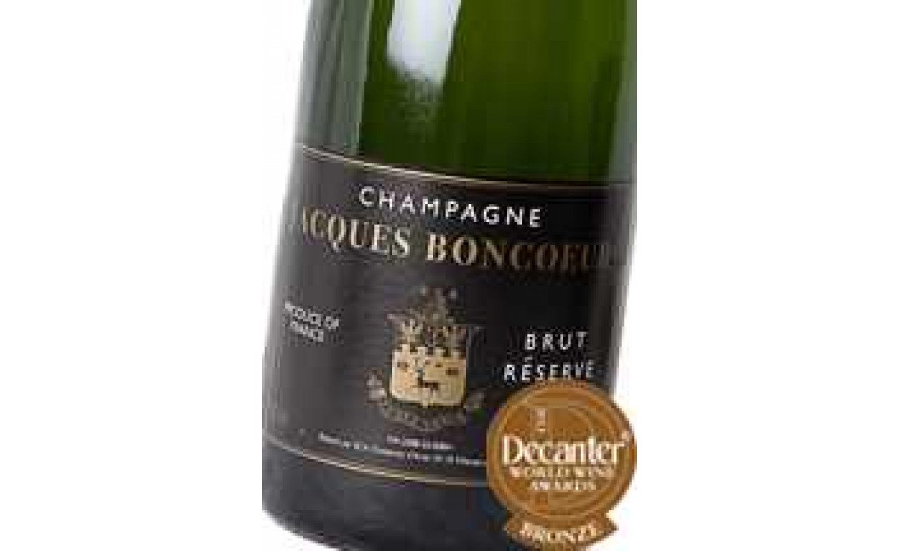 Jacques boncoeur champagne with award